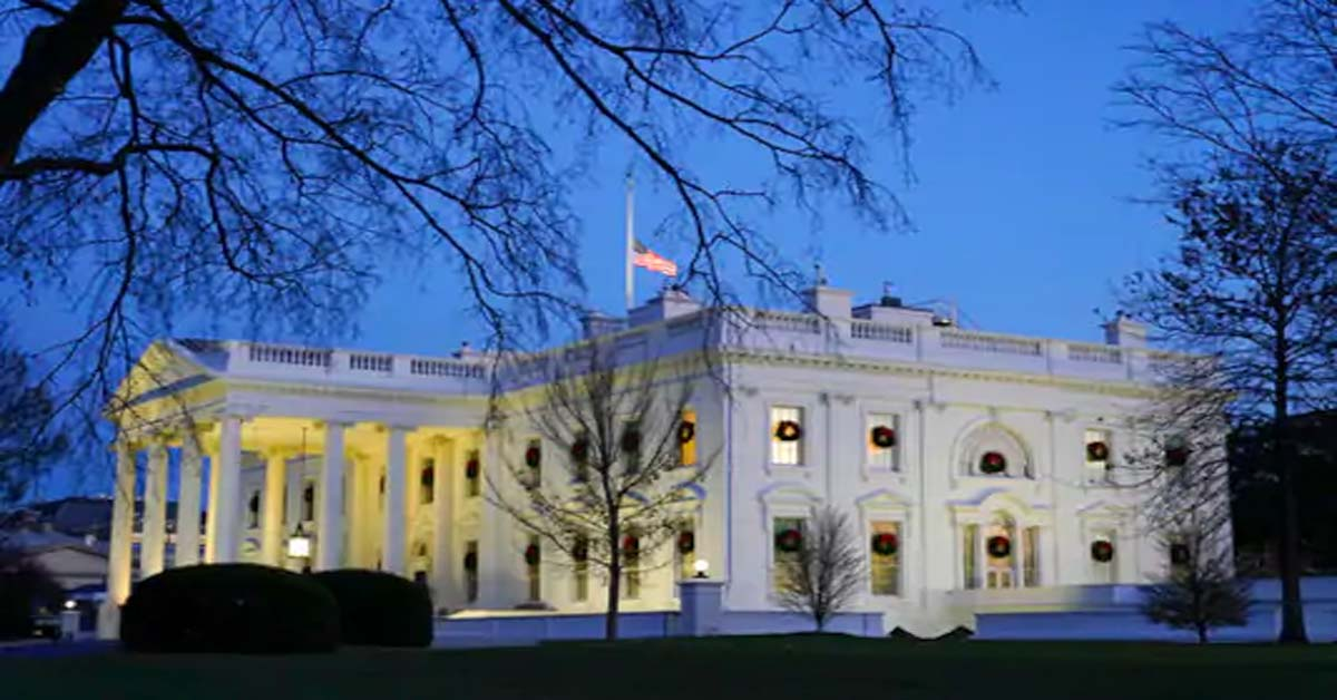 Some in White House getting early access to COVID-19 vaccine