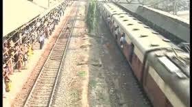 Goods train derailed, Mumbai-Delhi train route affected