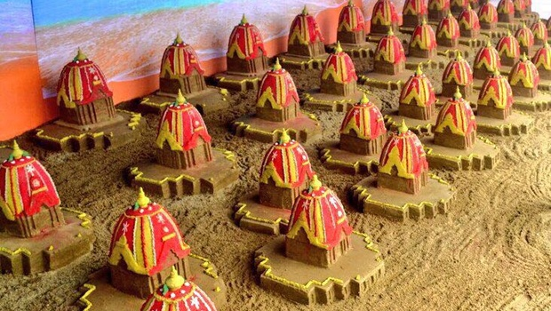 100 sand Rathas created at Puri beach