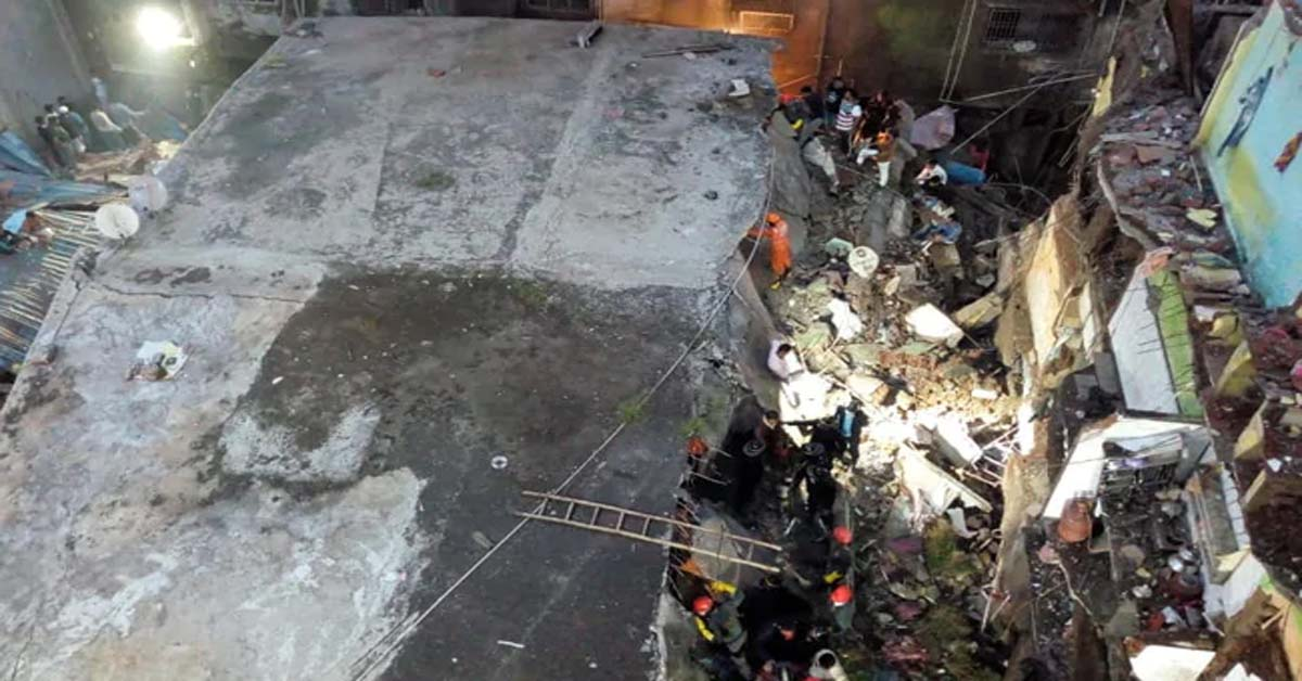10 Dead In Building Collapse Near Mumbai, Child Among Those Rescued