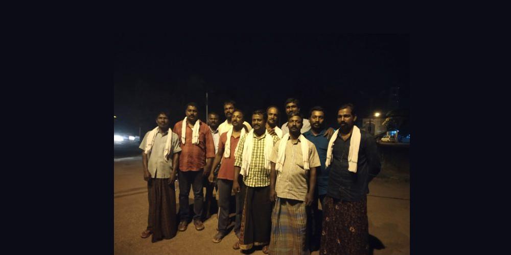 """""""We Left In Three Boats. We Saved Around 500 People"""": The Fishermen Rescue Team Of Kerala's Neendakara Port Return Home"""